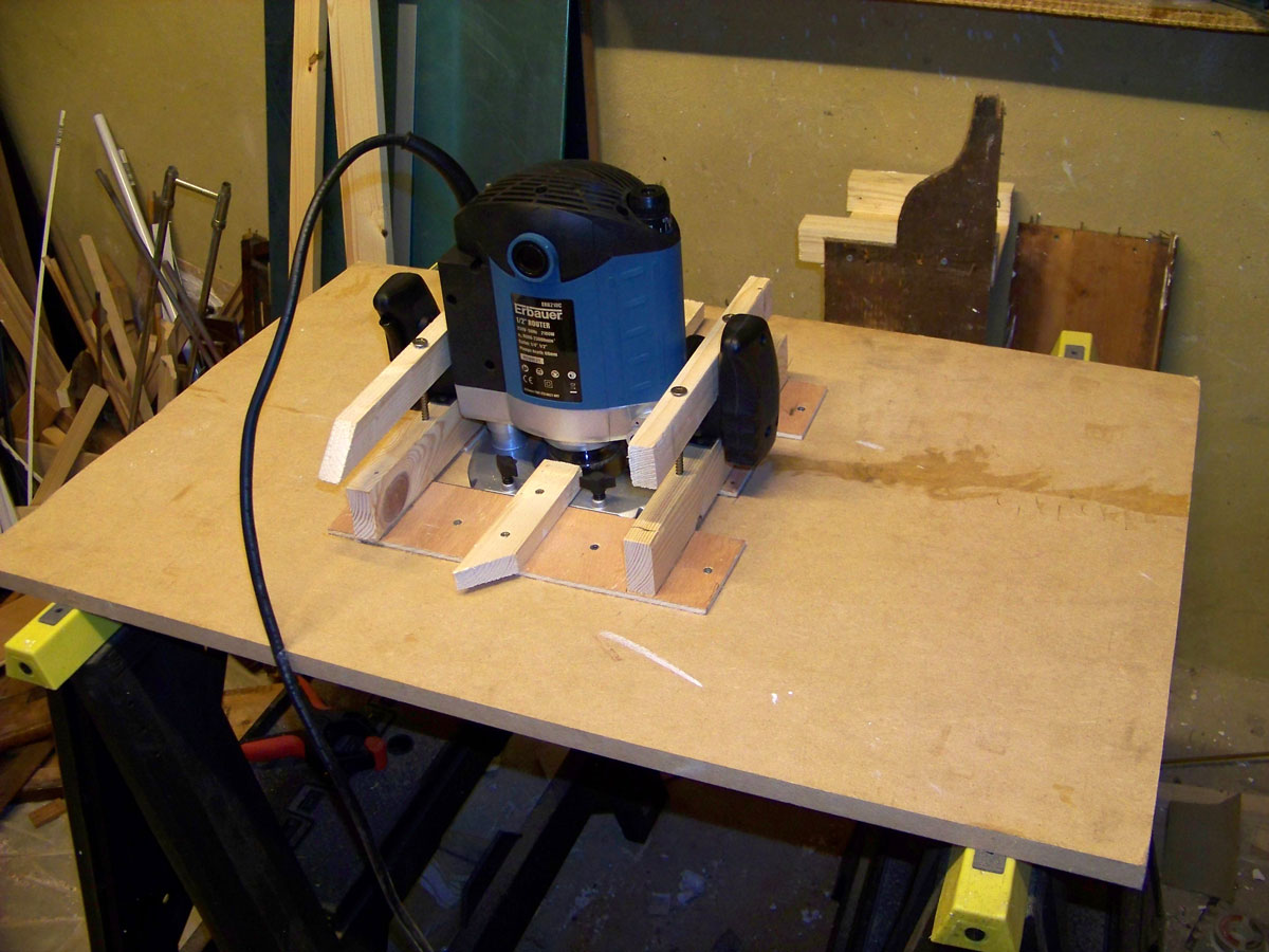 Diy making router table plans free for How to make a router table